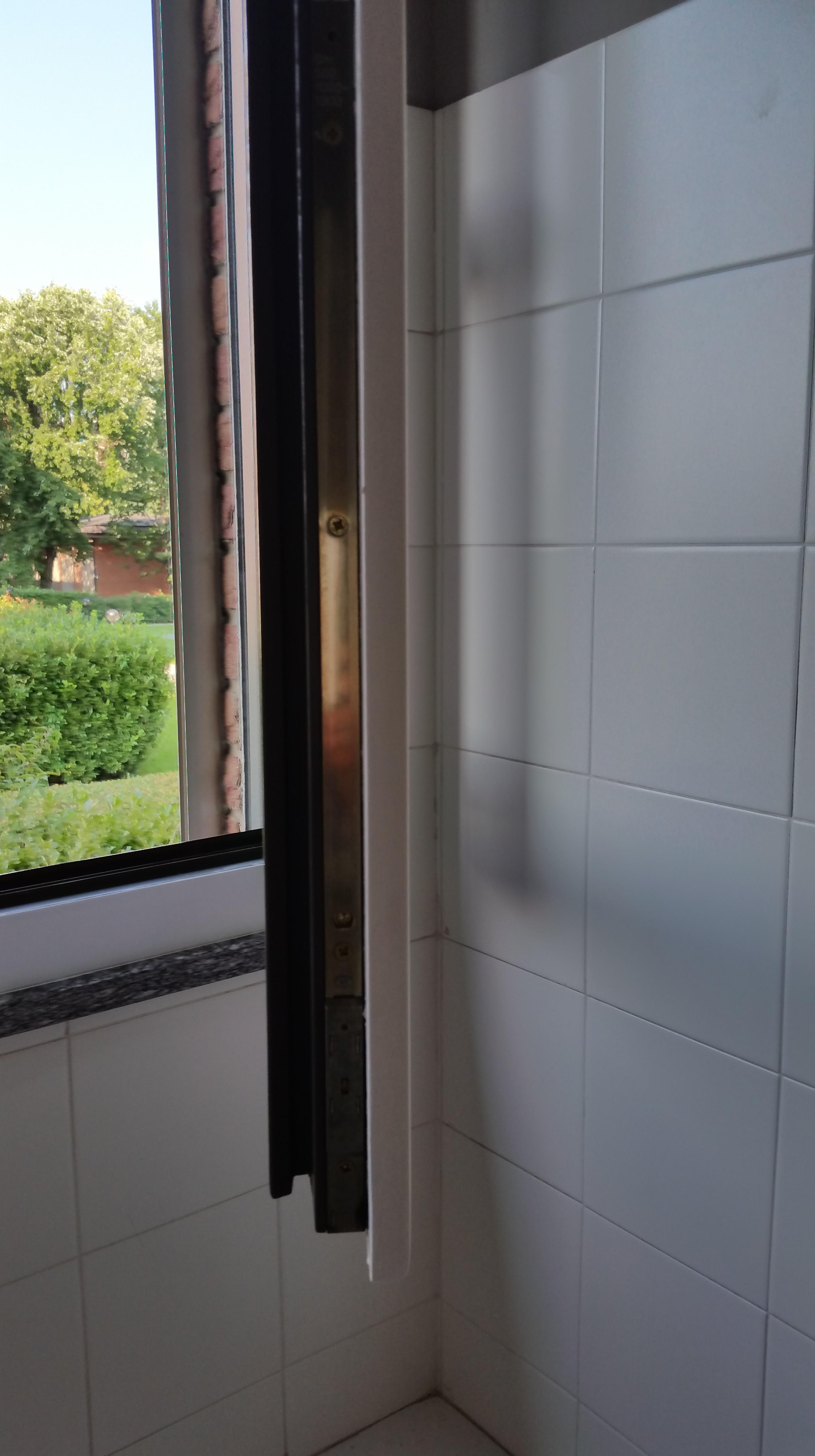 Rinnova le tue finestre laminato 08 ristrutturazione milano - Verniciatura finestre prezzi ...
